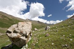 Rocks in valley,Caucasus mountains.Blue sky,clouds Royalty Free Stock Photos