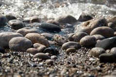Rocks in the waves Royalty Free Stock Photos