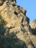 Rockscape contro cielo blu Immagine Stock