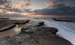 Rockshelf Sydney Australia de Turrimetta Photo stock