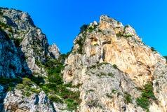 Rocky apuntala Capri, Italia imágenes de archivo libres de regalías