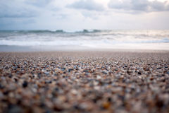 Rocky beach with waves Royalty Free Stock Photos