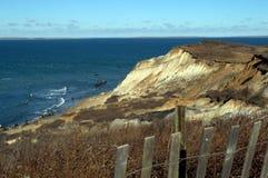Rocky Cliffs del viñedo del ` s de Martha Imagenes de archivo