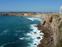 Rocky Cliffs in Sagres Stock Afbeelding