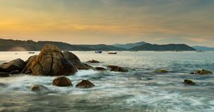 Rocky Coastline Bay Vietnam Stockfoto