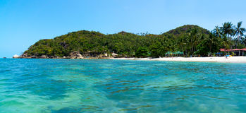 Rocky coastline on Samui Island Royalty Free Stock Photos