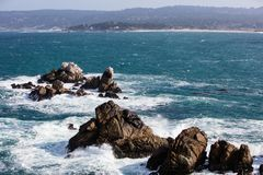 Rocky Coastline van Punt Lobos, Californië Royalty-vrije Stock Afbeeldingen