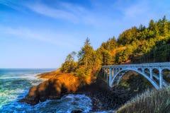 Rocky Creek Bridge sulla costa dell'Oregon Fotografia Stock Libera da Diritti