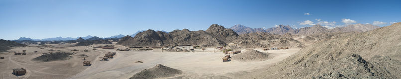 Rocky desert landscape with mountains Royalty Free Stock Images