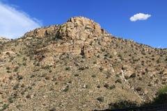 Rocky Hillside Along a estrada que vai acima Mt Lemmon imagens de stock royalty free