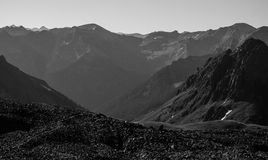 Rocky Mountain Landscape Black och vit Royaltyfri Foto