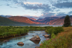 Rocky Mountain National Park-Sonnenaufgang auf Moraine-Park und großem Tho Lizenzfreies Stockfoto