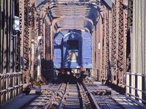 Rocky Mountaineer e vecchio ponte girevole fotografie stock