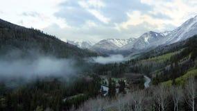 Rocky Mountains cerca a Aspen famoso, Colorado almacen de video