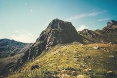 Rocky Mountains Landscape con cielo blu Immagini Stock