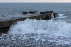 rocky na plaży Zdjęcia Stock