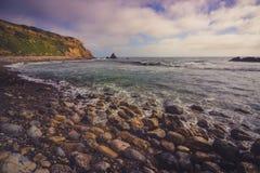 Rocky Pelican Cove Beach fotos de archivo libres de regalías