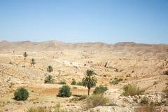 Rocky Sahara desert in Tunisia Stock Photos