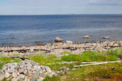 The rocky shore of the White sea zacky on the big Island of the Solovetsky archipelago Royalty Free Stock Photos