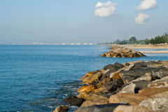 Rocky shoreline Royalty Free Stock Photo