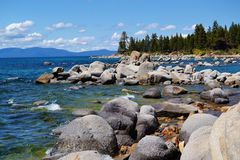 Rocky Shoreline Lake Tahoe Immagini Stock