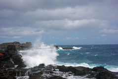 Rocky Shoreline - un Kauai, Hawaï Images stock