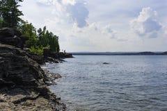 Rocky Shores de la isla de Presque Imágenes de archivo libres de regalías