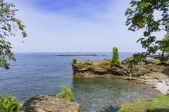 Rocky Shores de la isla de Presque Imagenes de archivo
