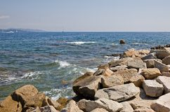 Rocky St-Tropez shoreline Royalty Free Stock Photos
