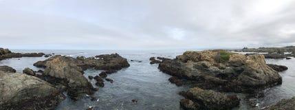 rocky wybrzeże obrazy stock