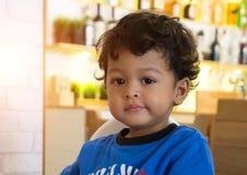 2 roczniaka chłopiec azjatykci uśmiech i szczęście Fotografia Royalty Free