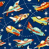 Roczników astronautycznych samochodów wektoru bezszwowy wzór na zmroku - błękitny tło ilustracja wektor