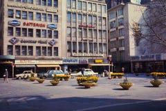 Roczników 1960's uliczna scena w Niemcy Zdjęcia Stock