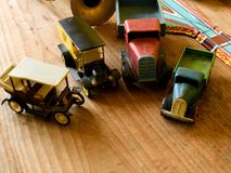 Roczników zabawkarscy samochody Retro zabawki dla chłopiec Fotografia Royalty Free
