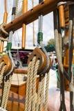 Rocznik łódź dokuje przy Wiktoria Klasycznym Łódkowatym festiwalem Fotografia Royalty Free