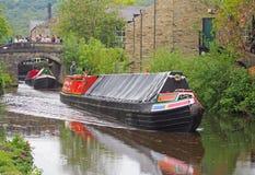 rocznik łodzie podróżuje historyczny wąski łódź klubu zgromadzenie trzymający na mogą przy hebden dzień wolny od pracy na rochdal obraz royalty free