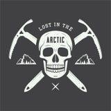 Rocznik arktyczna czaszka z lodowymi cioskami, górami i sloganem, ilustracja wektor
