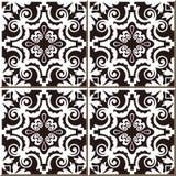 Rocznik bezszwowe ścienne płytki czerń ruszać się po spirali winogradu, marokańczyk, portugalczyk ilustracji