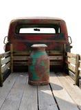 Rocznik ciężarówka i aluminium mleko wiadra lub możemy odosobniony zdjęcie stock