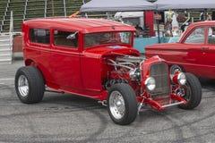 Rocznik czerwieni samochód Fotografia Royalty Free