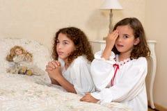 Rocznik dziewczyn ono modli się Zdjęcia Stock