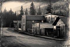 Rocznik fotografia starzy zachodni budynki w St Elmo Starym Zachodnim miasto widmo po środku gór zdjęcie stock