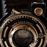 Rocznik Gauthier Calmbach falcowanie kamera na Marmurowym Backg, Pronto zdjęcia royalty free