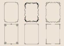 Rocznik i klasyczni ornamenty ustawiający ramowi kwieciści elementy dla projektów zaproszeń wita i ślubnych kart ilustracji