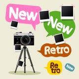 Rocznik kamera na tripod Fotografia Royalty Free
