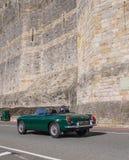 Rocznik klasyczna samochodowa bierze część w śladzie biega w Północnym Walia Obrazy Royalty Free