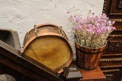 Rocznik lawenda w drewna pudełka dekoraci Zdjęcia Royalty Free