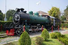 Rocznik parowa lokomotywa instalująca przy stacją w Hua hin Tajlandia Zdjęcia Stock