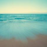 Rocznik plażowa scena w zmierzchu Zdjęcia Royalty Free