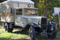 rocznik pojazdu dostawczego Fotografia Royalty Free